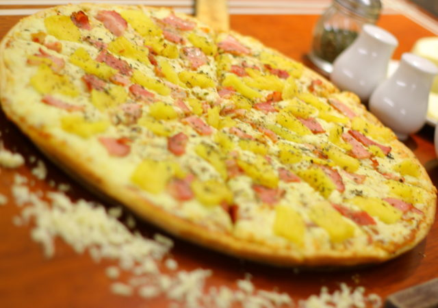 pizza jamon – tocino – piña