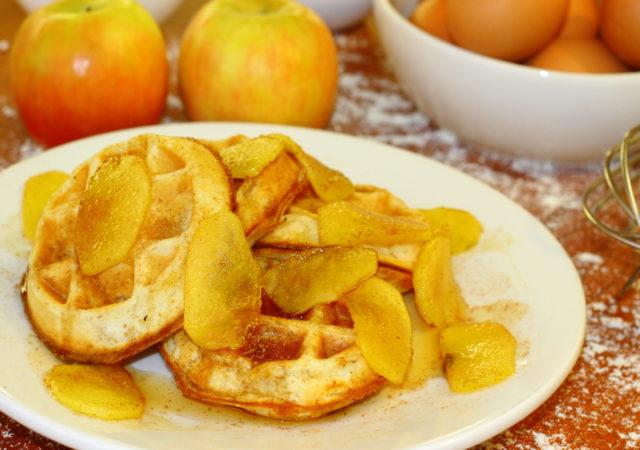 waffle de manzana y canela